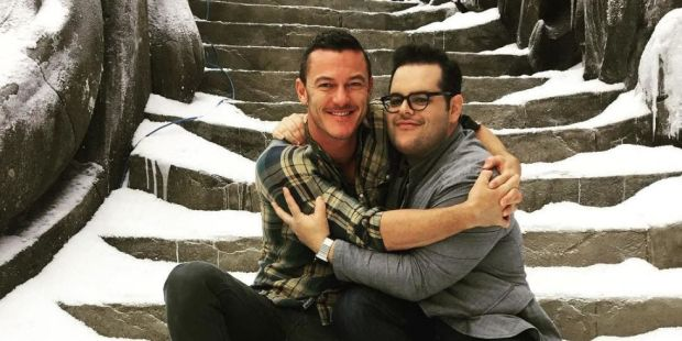 landscape-showbiz-josh-gad-luke-evans-beauty-and-the-beast-set-1